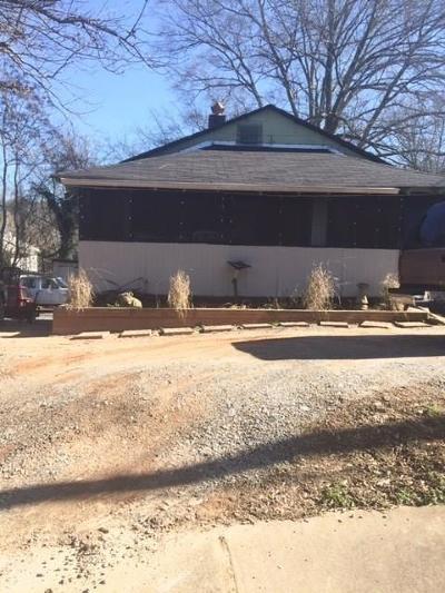Single Family Home For Sale: 293 Ohm Avenue