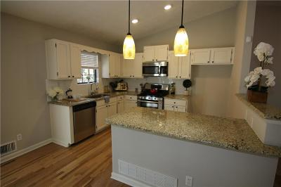 Chamblee Single Family Home For Sale: 1910 Harts Mill Road NE