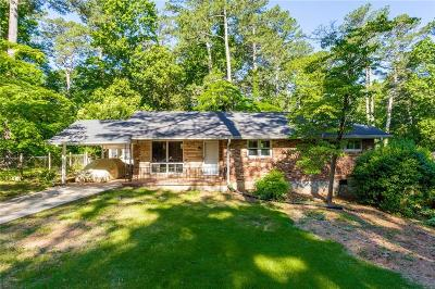 Tucker Single Family Home For Sale: 2082 Shady Lane