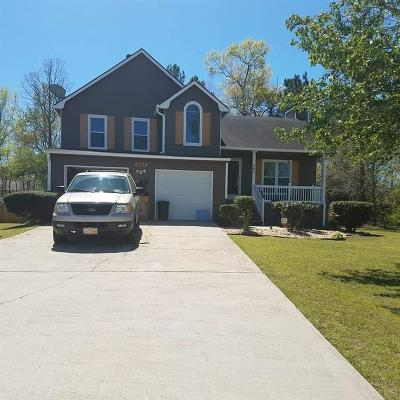Jonesboro Single Family Home For Sale: 545 Fieldgreen Drive