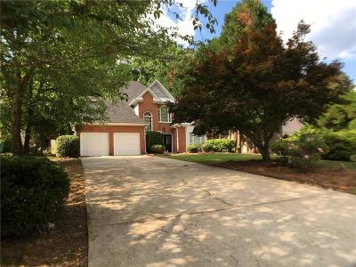Sandy Springs Single Family Home For Sale: 525 Montrose Lane