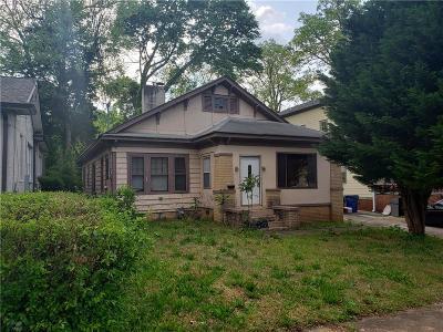 Atlanta Single Family Home For Sale: 1595 Melrose Drive SW
