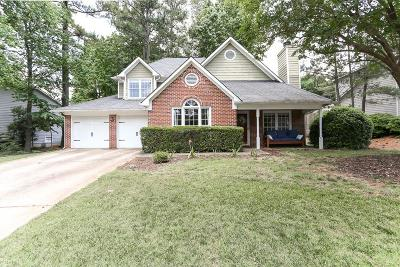 Roswell Single Family Home For Sale: 8905 Terrace Club Drive