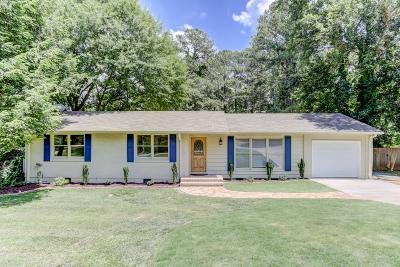 Smyrna Single Family Home For Sale: 2871 Strathmoor Road SE
