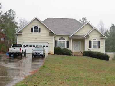 Carroll County, Coweta County, Douglas County, Haralson County, Heard County, Paulding County Single Family Home For Sale: 565 Eagles Nest Circle