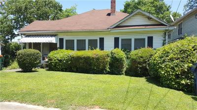 Kirkwood Single Family Home For Sale: 45 Clay Street NE