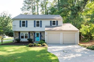 Peachtree Corners Single Family Home For Sale: 4414 Fitzpatrick Way