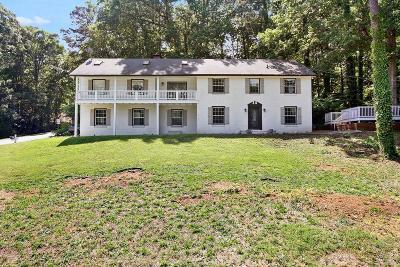 Marietta Single Family Home For Sale: 465 Nottingham Drive