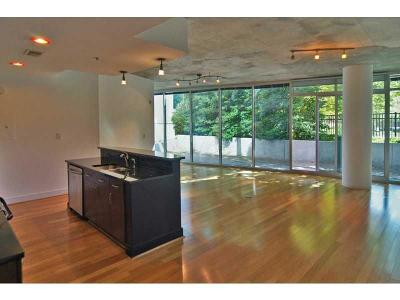 Midtown Condo/Townhouse For Sale: 44 Peachtree Place NW #632