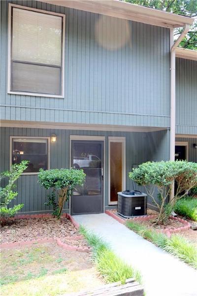 Peachtree Corners, Norcross Condo/Townhouse For Sale: 6220 Overlook Road #6220