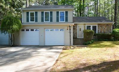 Gwinnett County Single Family Home For Sale: 3016 Arden Way