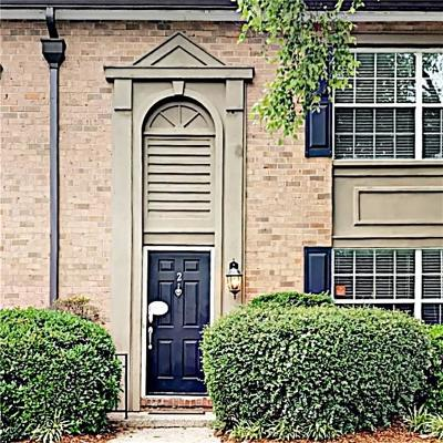 Sandy Springs Condo/Townhouse For Sale: 6980 Roswell Road #H2