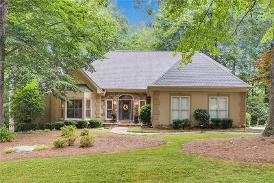 Roswell Single Family Home For Sale: 2730 Hazy Hollow Run