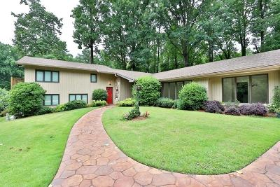 Marietta Single Family Home For Sale: 398 Indian Hills Trail
