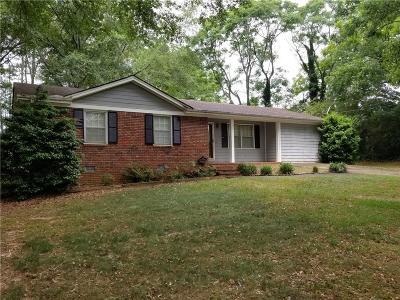 Auburn Single Family Home For Sale: 15 3rd Street
