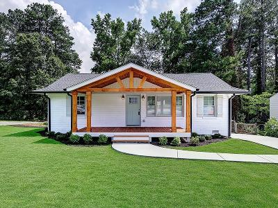 Smyrna Single Family Home For Sale: 920 Bank Street SE