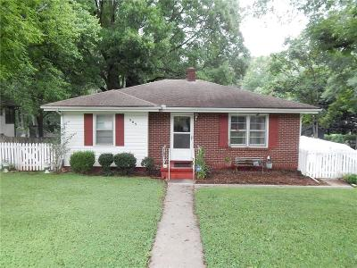 Smyrna Single Family Home For Sale: 989 McLinden Avenue SE