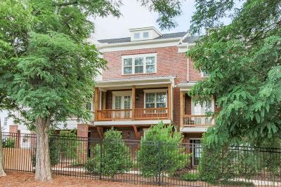 Marietta Condo/Townhouse For Sale: 216 Haverstock Court #4