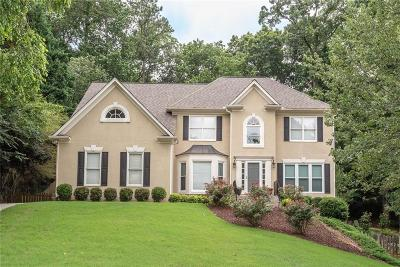 Alpharetta Single Family Home For Sale: 225 Tumbling Creek Drive