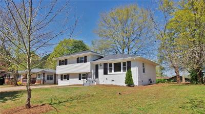 Decatur Single Family Home For Sale: 2882 Valley Ridge Drive