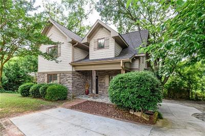 Brookhaven Single Family Home For Sale: 1399 N Druid Hills Road NE