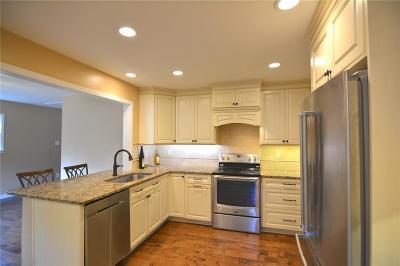 Marietta Single Family Home For Sale: 3119 Garden Lane Drive
