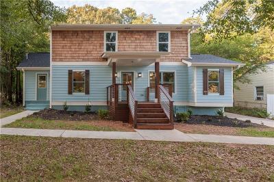 Atlanta Single Family Home For Sale: 1376 Smith Street SE