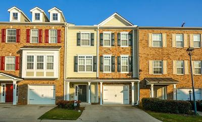 Kennesaw Condo/Townhouse For Sale: 210 Plaza Park Walk