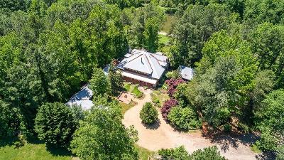 Walton County, Gwinnett County, Barrow County, Hall County, Forsyth County Single Family Home For Sale: 6749 Stringer Road