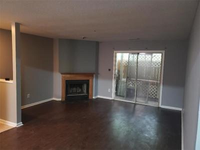 Condo/Townhouse For Sale: 818 Ridge Creek Drive SE