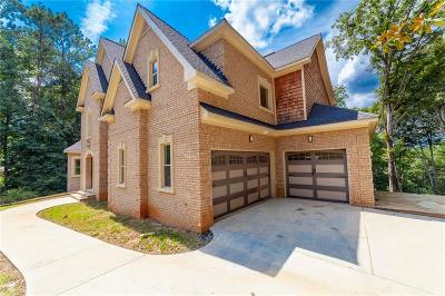 Sandy Springs Single Family Home For Sale: 9215 Huntcliff Trace