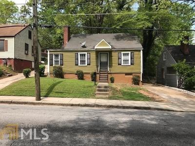 Single Family Home For Sale: 1255 Campbellton Road SW