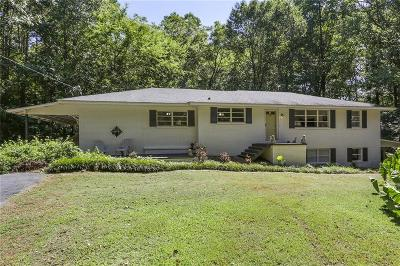 Roswell Single Family Home For Sale: 10475 Crabapple Road