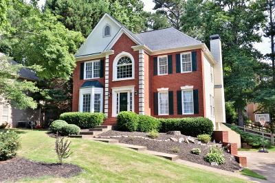 Woodstock Single Family Home For Sale: 1500 Shadow Ridge Circle