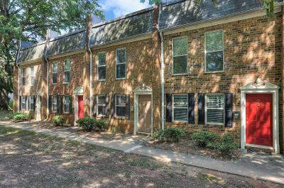 Sandy Springs Condo/Townhouse For Sale: 145 N River Drive #C