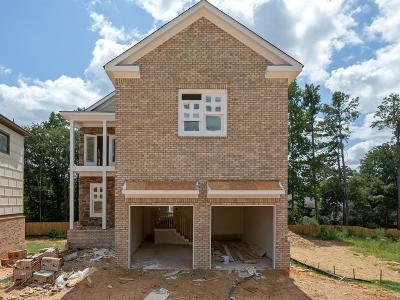 Marietta Single Family Home For Sale: 907 Edmond Oaks Drive