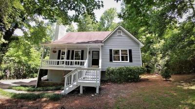 Kennesaw Single Family Home For Sale: 4107 W Pointe Drive NW