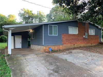 Decatur Single Family Home For Sale: 2364 Pinewood Drive