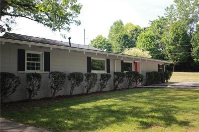 Single Family Home For Sale: 539 Harper Road SE