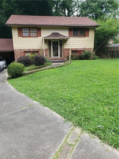 East Point Single Family Home For Sale: 2949 Heather Drive