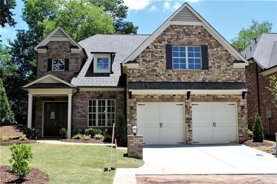 Smyrna Single Family Home For Sale: 3905 Collarton Close SE