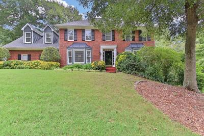 Marietta Single Family Home For Sale: 2875 Wynfair Drive
