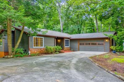 Marietta Single Family Home For Sale: 2202 Tully Wren NE