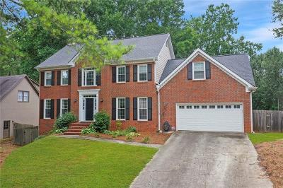 Roswell Single Family Home For Sale: 2060 Bridle Ridge Trace