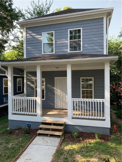 Atlanta Single Family Home For Sale: 834 Fox Street NW