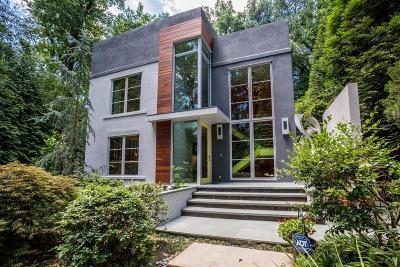 Atlanta Single Family Home For Sale: 915 NE Cumberland Road