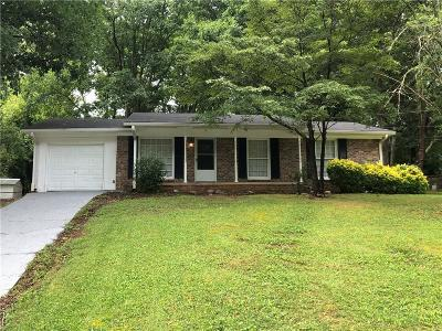 Cobb County Single Family Home For Sale: 5253 Maple Valley Road SW