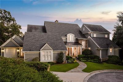 Single Family Home For Sale: 3305 Stillhouse Road SE