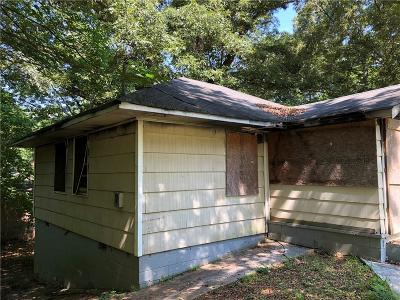 East Point Single Family Home For Sale: 2259 Fernwood Drive