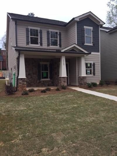 Acworth Single Family Home For Sale: 4569 Academy Street